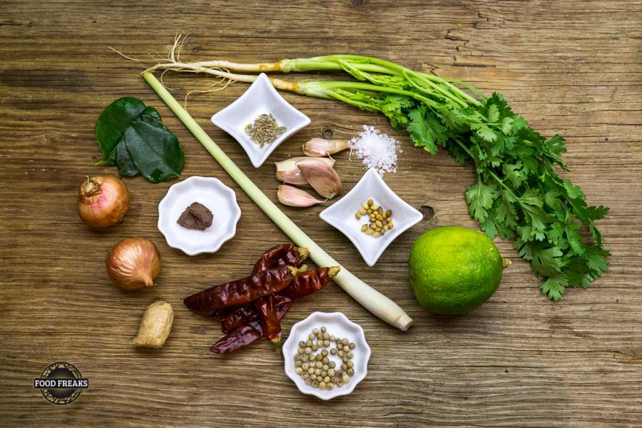 [Basics] Rote Thai Curry Paste